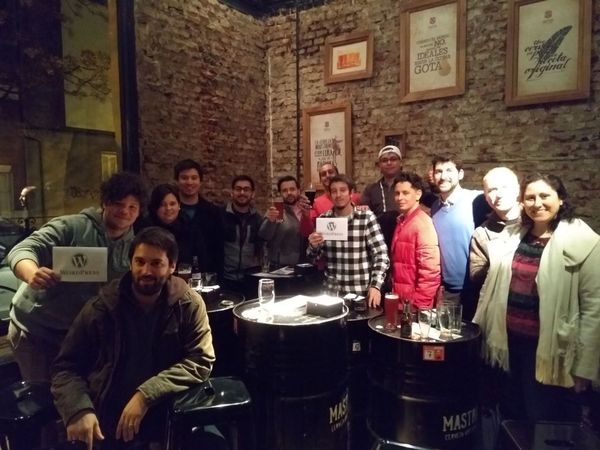 Asistentes a la primera meetup de WordPress Montevideo