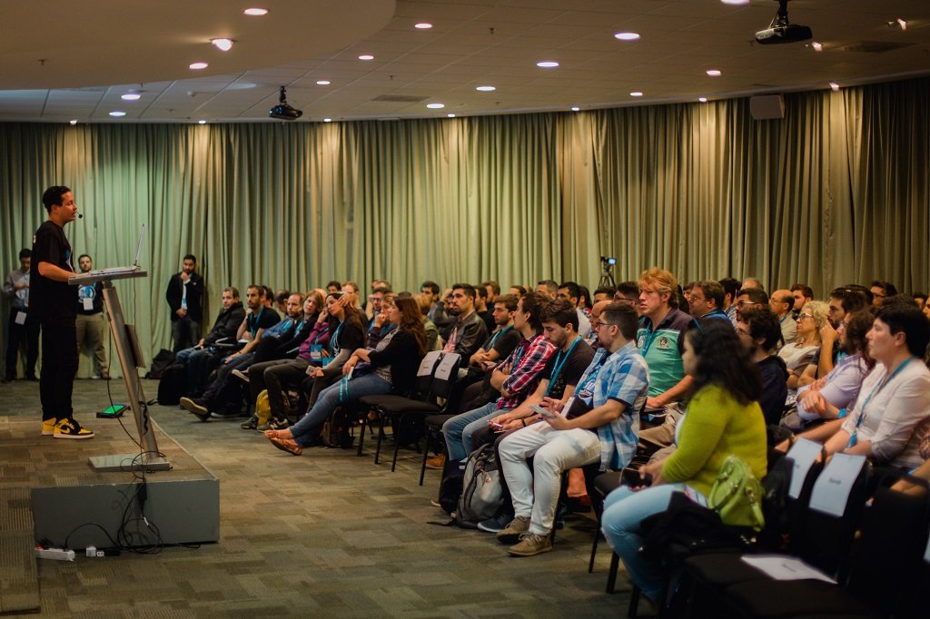 Carlos en la WordCamp Montevideo 2018